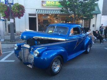 I love clasic cars <3