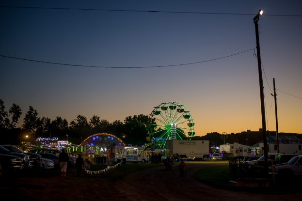 Night sets on the fair